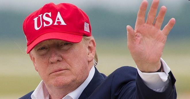 Власти США поддержат американцев из-за коронавируса выплатив им по 1200 долларов. фото 2