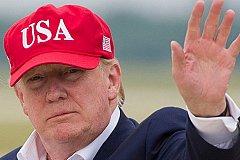 Власти США поддержат американцев из-за коронавируса выплатив им по 1200 долларов.