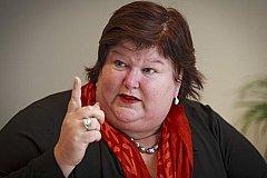 Бельгийцы расстроены! Минздрав на время коронавируса запретил групповой секс.