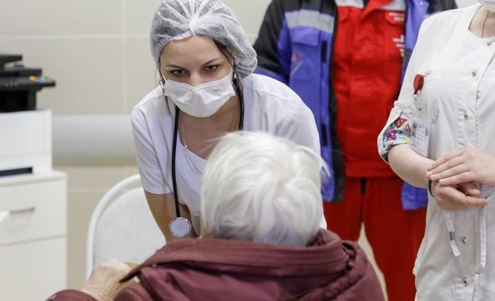 На коронавирус проверят всех граждан РФ старше 65 лет с симптомами ОРВИ. фото 2
