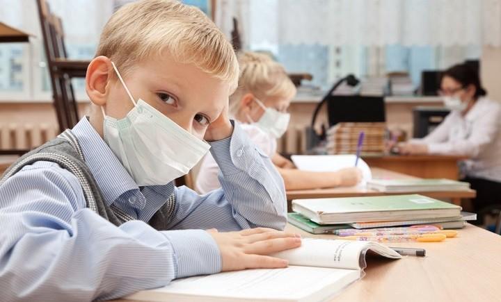 Российские школьники возможно будут учиться летом. фото 2