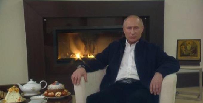 Путин поздравил сограждан с пасхой.