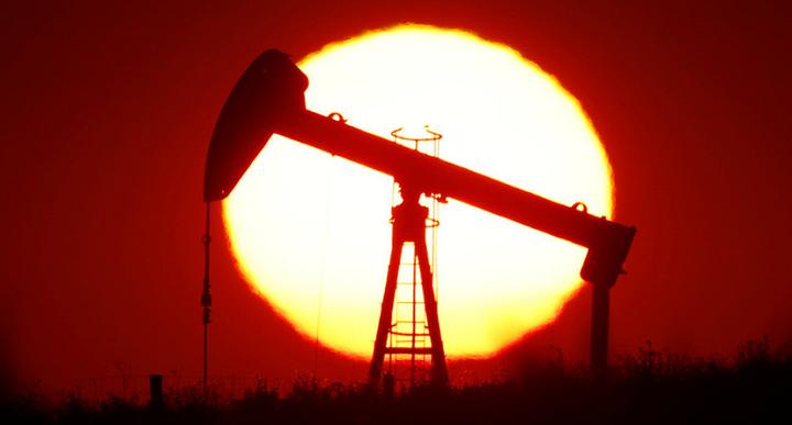 Чтобы продать нефть нужно еще и доплатить покупателю.