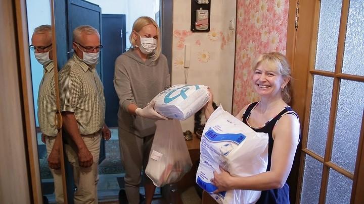 Омский центр «Радуга» организовал доставку продуктов для своих паллиативных подопечных. фото 2