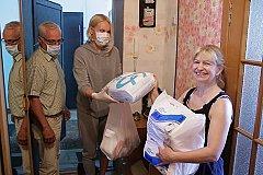 Омский центр «Радуга» организовал доставку продуктов для своих паллиативных подопечных.