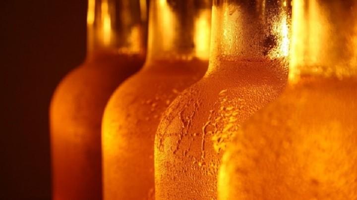 В России поднимут минимальный возраст продажи алкоголя. фото 2