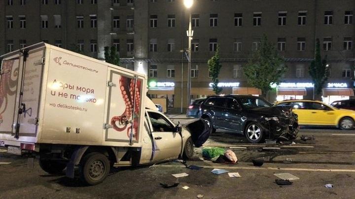 В ДТП по вине актера Ефремова погиб человек.