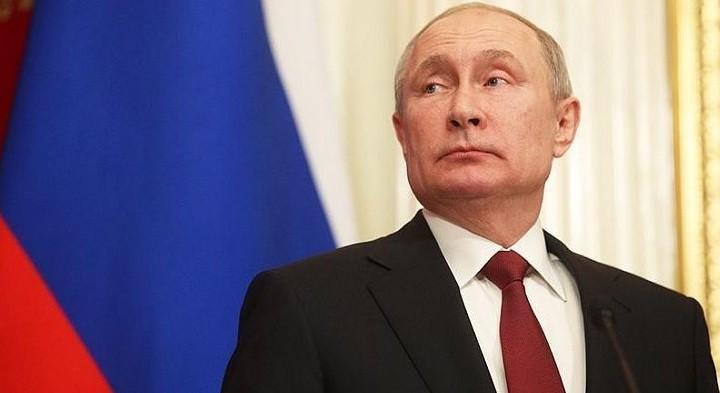 Возможность баллотироваться на новый срок Путин не исключил и преемника не ищет. фото 2
