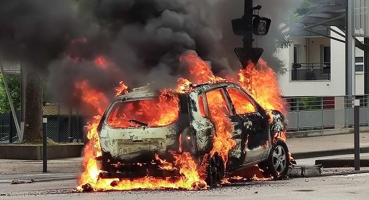 Дижон - это бессилие властей и полиции Франции. фото 2