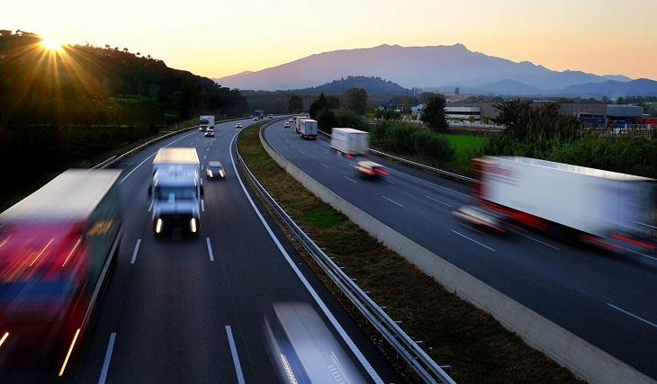 На трассах России хотят поднять лимит скорости.
