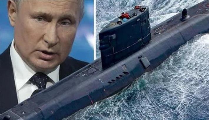 Британия своей подлодкой решила напугать Путина в Арктике.
