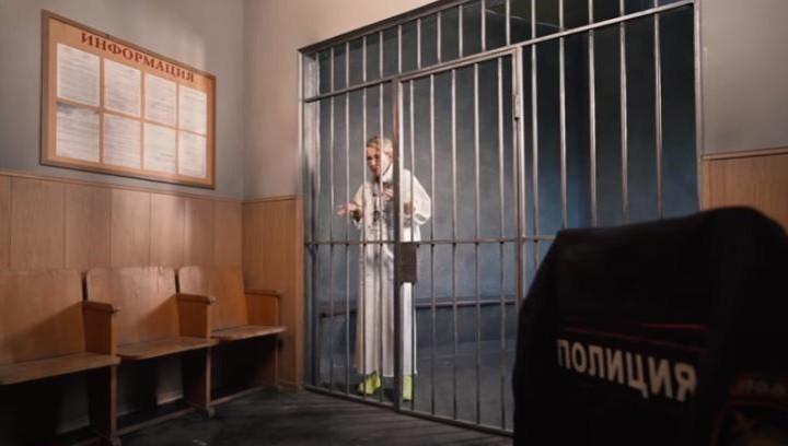 Ксения Собчак в рекламном ролике. Фото: youtube.com