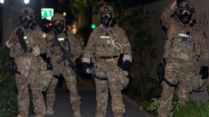 Москва требует расследовать нападение американских полицейских на российских репортеров. фото 2