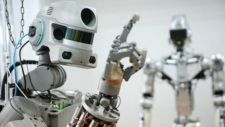 Российскую базу на Луне построят роботы.
