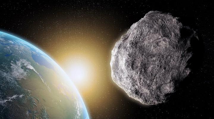 К Земле летит огромный астероид.