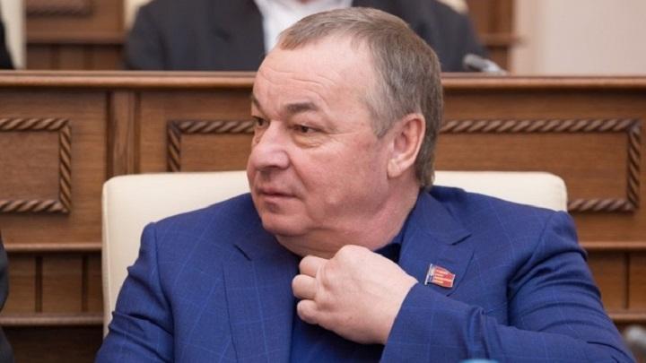 Государство отобрало дорогую московскую квартиру у депутата-коммуниста.
