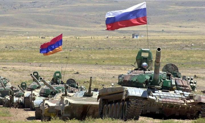 В Армении прошли маневры Армии России. фото 2