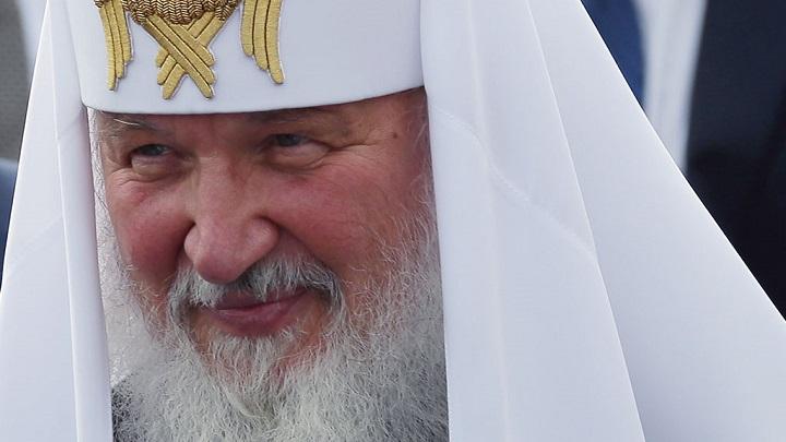 Патриарх Кирилл призвал не верить слухам о его богатстве.