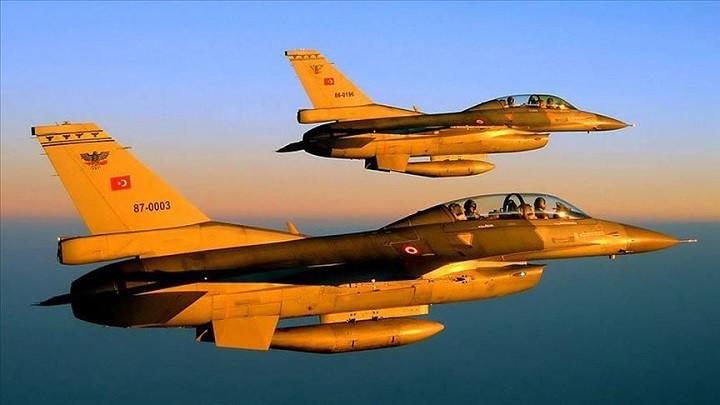 Пара истребителей F-16 ВВС Турции. Фото: aa.com.tr