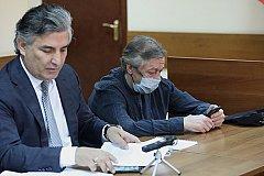 Защита Ефремова заявила, что доказательства его вины сфальсифицированы.