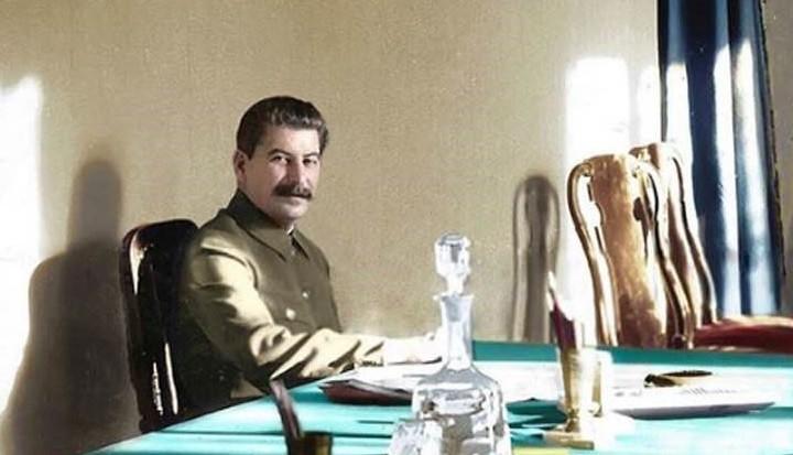 Сталин в Кремле.