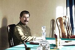 Кончаловский: Примитивное решение Хрущева о развенчании культа Сталина было ошибкой.