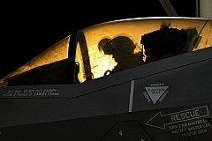 Пентагон испытал истребитель шестого поколения.