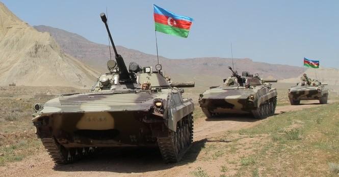 Азербайджан начал полномасштабное наступление на Карабах. фото 2