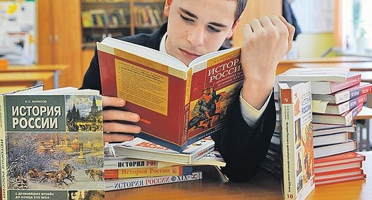 Школьная программа по истории России станет более патриотичной фото 2