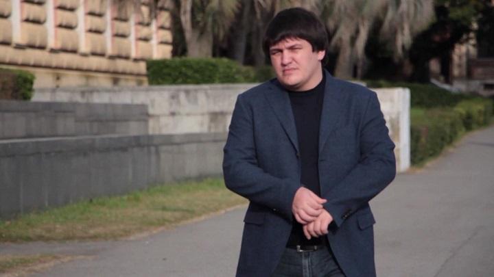 В России задержали помощника президента Абхазии Ахру Авидзбу
