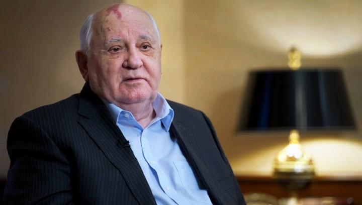 Горбачев порассуждал о переговорах по Карабаху фото 2