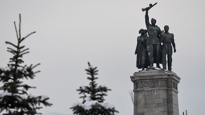 Памятник Советской Армии в Софии.