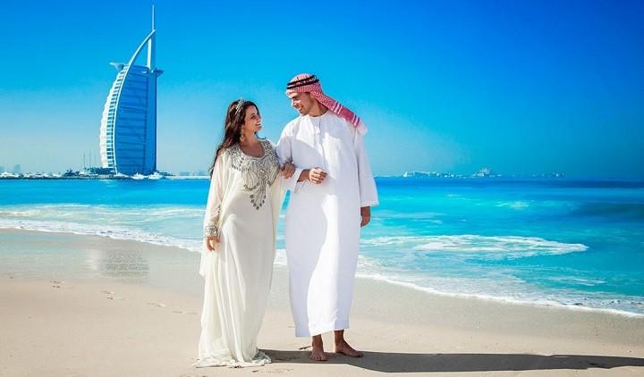 В Арабских Эмиратах теперь можно сожительствовать без брака и пить алкоголь фото 2