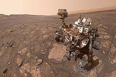 Марсоходы тоже любят делать селфи