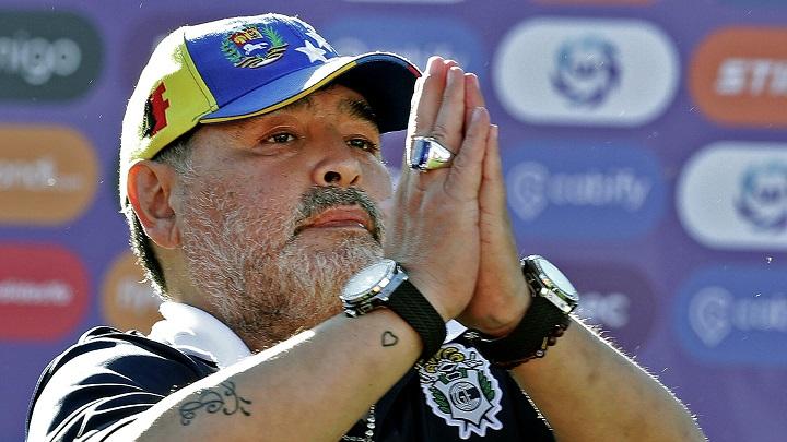 Умер легенда мирового футбола Диего Марадона