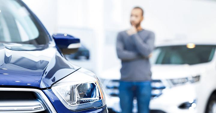 Боясь повышения цен россияне массово скупают автомобили
