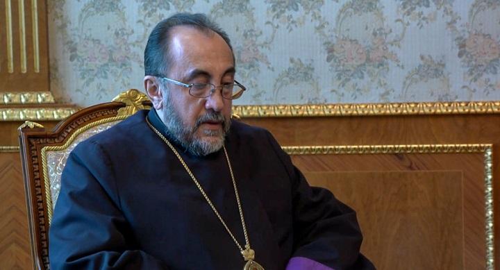 Армянский священник не пожелал проводить панихиду с Пашиняном