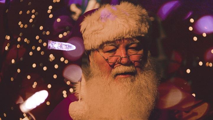 В КБР заработал бесплатный номер Деда Мороза и Снегурочки для абонентов МТС