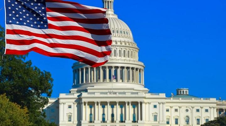 Итоги выборов президента США не признают одиннадцать сенаторов