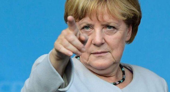 Ангела Меркель: Я требую немедленного освобождения Навального