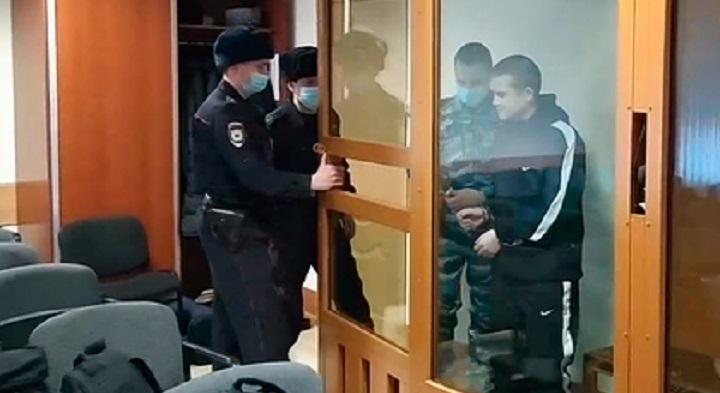 За расстрел сослуживцев Шамсутдинова осудили на 24,6 года