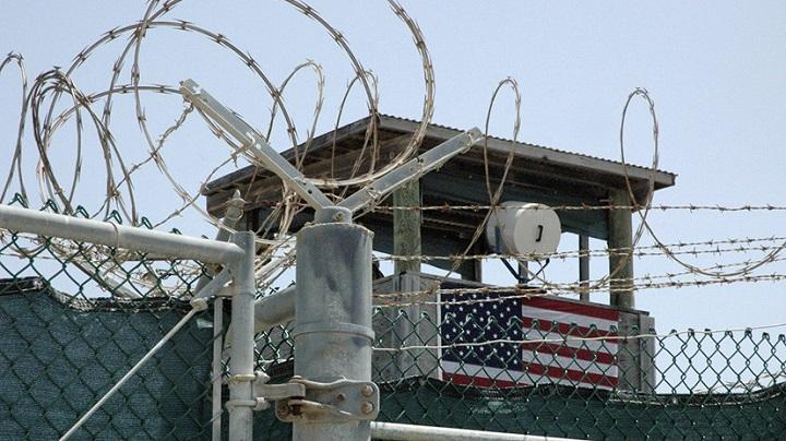 Власти США приняли решение о закрытии тюрьмы Гуантанамо