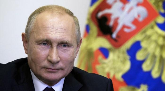 Путин: Кто так обзывается, тот сам так называется