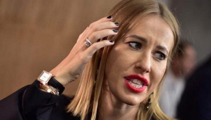 Собчак грязно выругалась на The Times за статью про крестную дочь Путина, оправдывающую маньяка