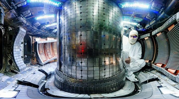 Ученые России разрабатывают гибрид ядерного и термоядерного реакторов