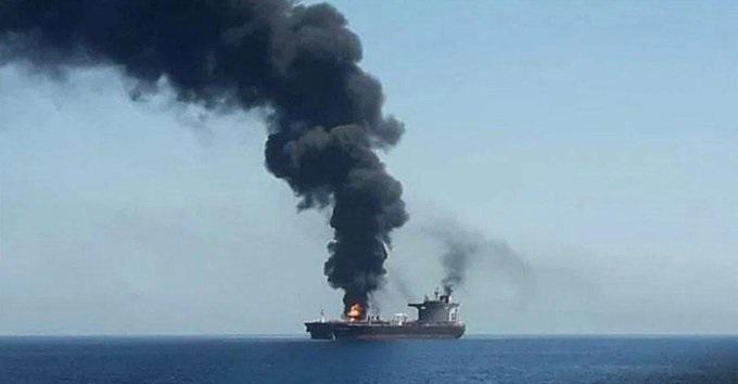 Израиль подорвал иранское судно в Красном море