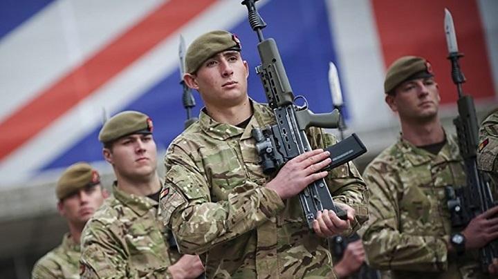 Из-за России британская армия переведена на режим повышенной боеготовности