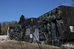 Во Львове Монумент славы Советской Армии перевозят в музей «Территория террора»