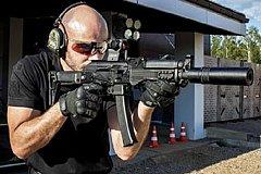 «Калашников» анонсировал новый пистолет-пулемет для пилотов ВКС