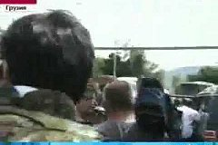Cаакашвили убежал от журналистов